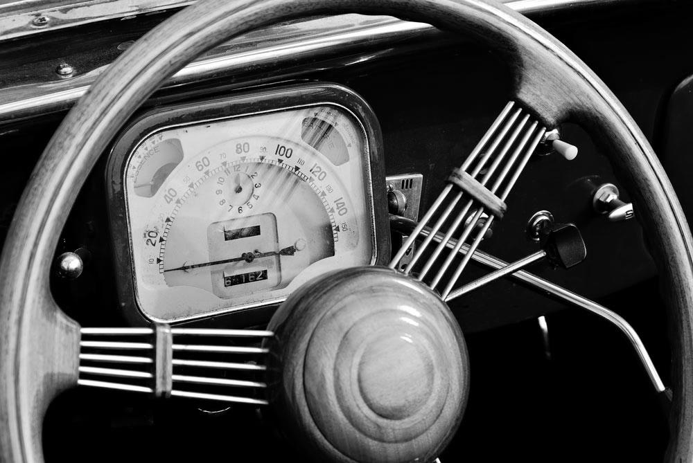 Deska rozdzielcza - Wskaźniki stanu pojazdu na platformie GPS Guardian